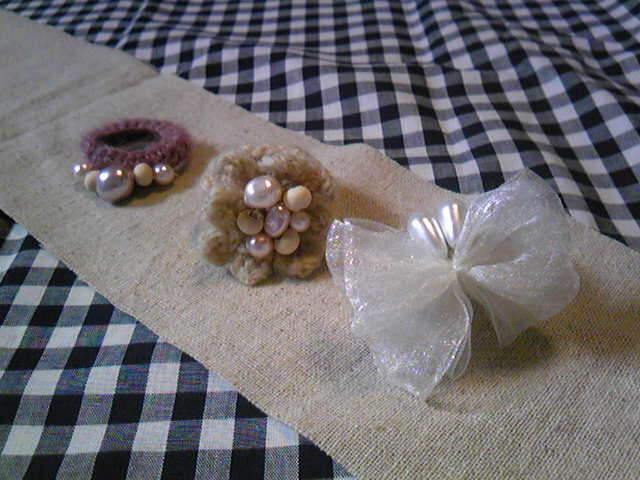 新作毛糸の指輪とコサージュいろいろ